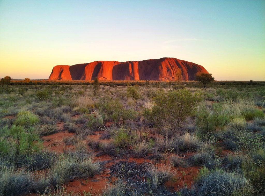 The Uluṟu sandstone monolith