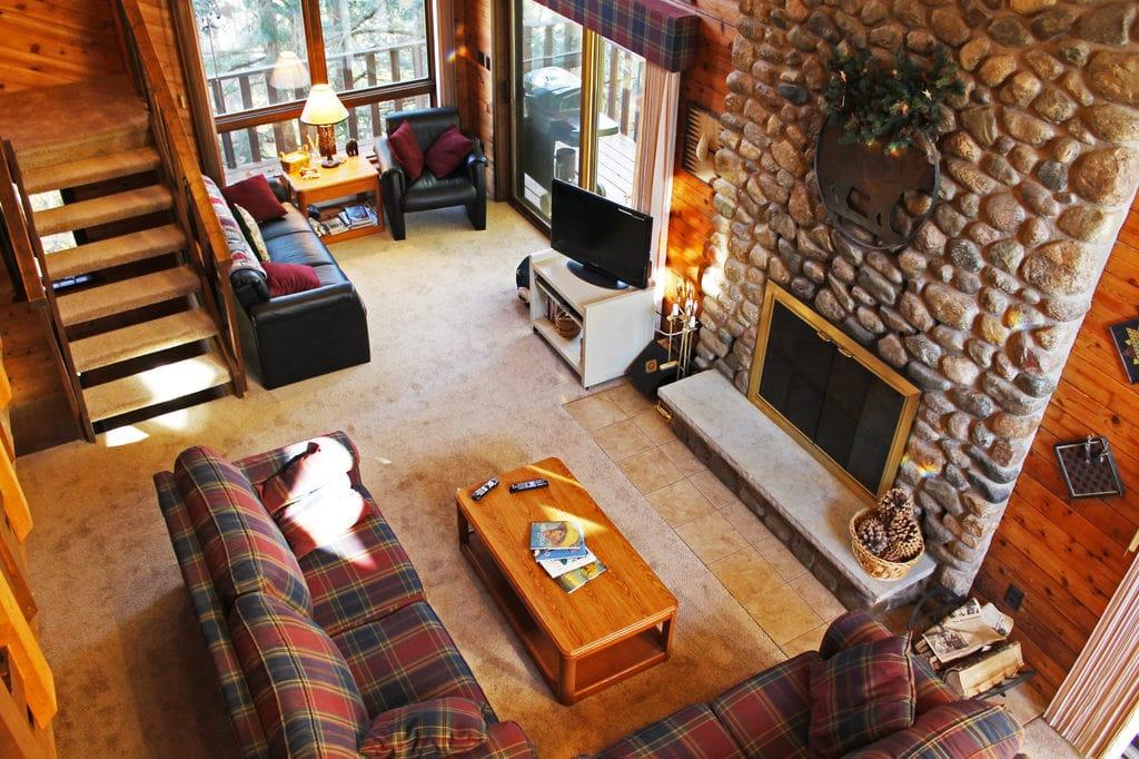Cozy Lodge