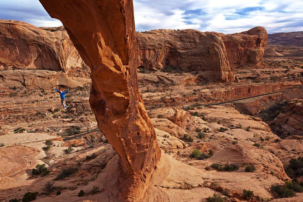 Slackline in Moab, Utah